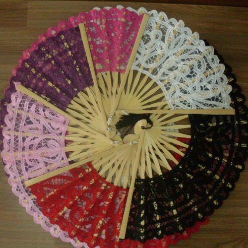 Abanicos de encaje para bodas varios colores