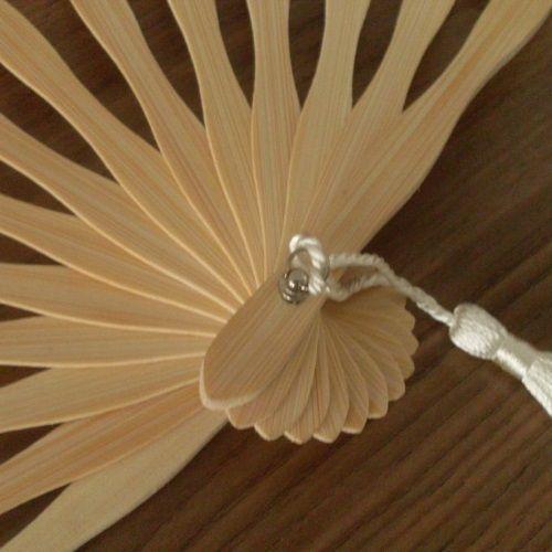 Elegantes Abanicos de encaje para novias
