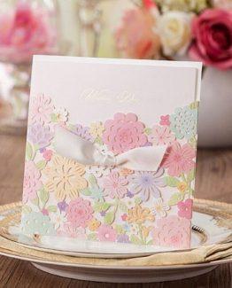 Invitaciones para comuniones modelo Pastel
