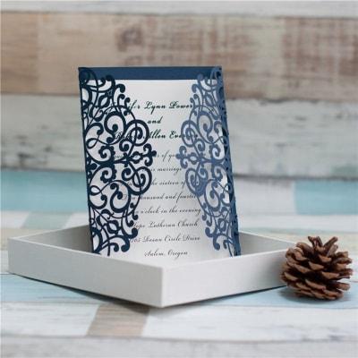 invitacion de boda modelo dulce color azul brillante